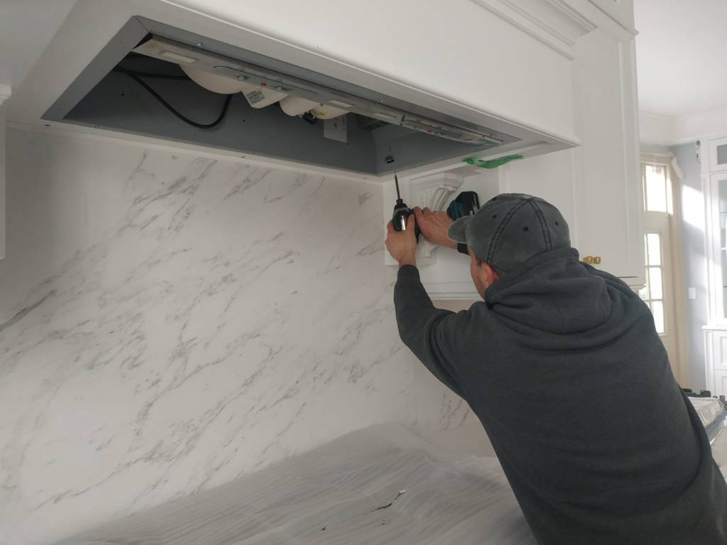range hood appliance installation
